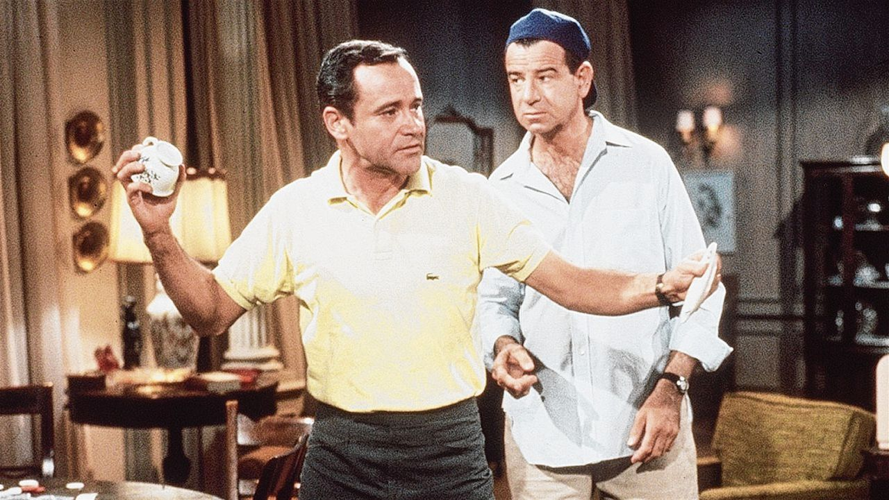 Jack Lemmon (links) en Walter Matthau in 'The Odd Couple'.