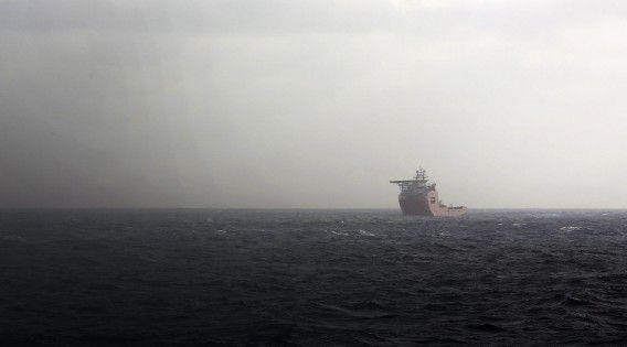 Het Australische schip Ocean Shield op zee in de Indische Oceaan op 15 april.