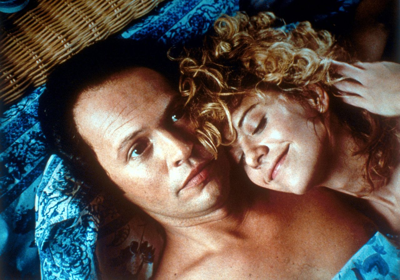 Billy Chrystal en Meg Ryan in de film When Harry met Sally. When Harry Met Sally (1989) Pers: Billy Crystal, Meg Ryan Dir: Rob Reiner Ref: WHE068DE Photo Credit: [ Castle Rock/Nelson/Columbia / The Kobal Collection ] Editorial use only related to cinema, television and personalities. Not for cover use, advertising or fictional works without specific prior agreement