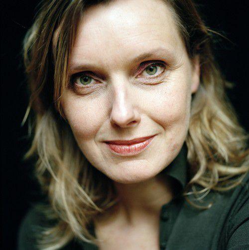 Nederland, Rotterdam, 22-02-2008 Anne Vegter (Delfzijl, 1958), Dichter, prozaïst, toneelschrijver en kinderboekenschrijver PHOTO AND COPYRIGHT ROGER CREMERS