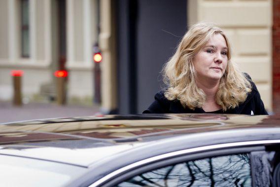 Minister van Infrastructuur Melanie Schultz van Haegen (VVD) zegt geen geld te hebben om bepaalde wegen aan te leggen zonder tolheffing.
