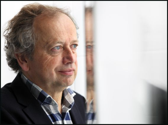 Vandaag ondertekenen verschillende partijen het convenant van Henk Bleker, dat dierenwelzijn bij rituele slacht moet verbeteren.