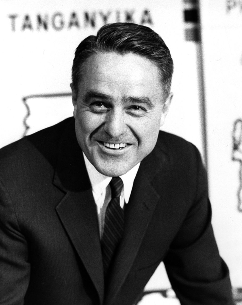 Portrait of Sargent Shriver in this 1962 handout photo. Shriver, who spent four decades in public service as a member of the Kennedy family, the first director of the Peace Corps, and a key warrior in Lyndon Johnson's War on Poverty, died at the age of 95 on January 18, 2011. REUTERS/JFK Library/Handout (UNITED STATES - Tags: OBITUARY POLITICS HEADSHOT IMAGES OF THE DAY) FOR EDITORIAL USE ONLY. NOT FOR SALE FOR MARKETING OR ADVERTISING CAMPAIGNS. THIS IMAGE HAS BEEN SUPPLIED BY A THIRD PARTY. IT IS DISTRIBUTED, EXACTLY AS RECEIVED BY REUTERS, AS A SERVICE TO CLIENTS