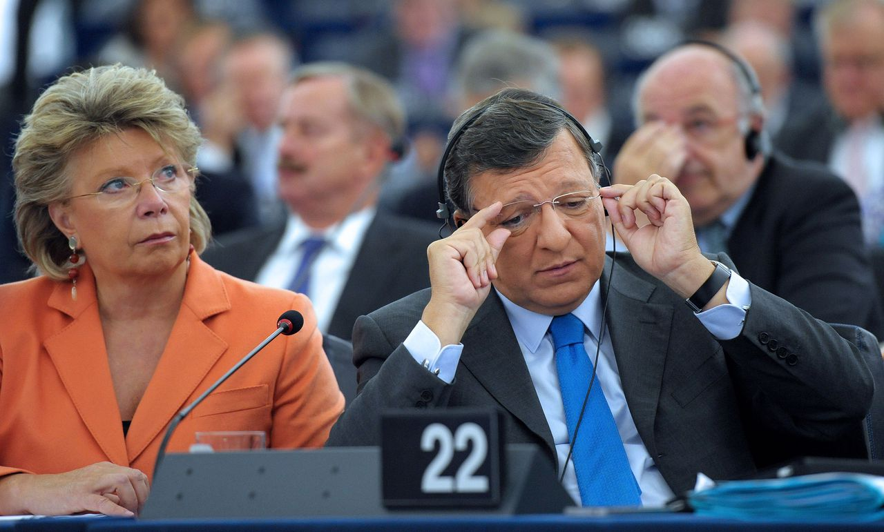 European Commission President Jose Manuel Barroso (R) flanked by Vice-president of the European Commission and EU commissioner for Justice, Fundamental Rights and Citizenship, Viviane Reding, listens prior to present his flagship plans to Parliament in his annual State of the Union speech on September 12, 2012 in Strasbourg, northeastern France. AFP PHOTO / FREDERICK FLORIN