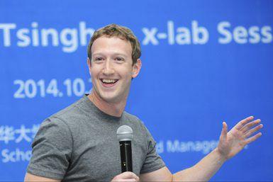 Facebook-oprichter Mark Zuckerberg tijdens een speech op een universiteit in Beijing vorig jaar.