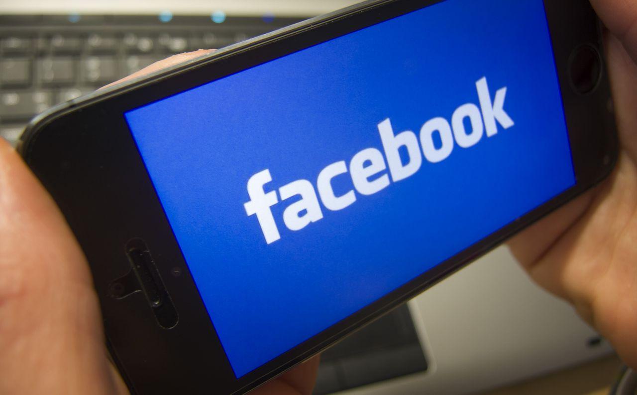 De zaak is aangezwengeld door de Oostenrijkse student en Facebookgebruiker Max Schrems.