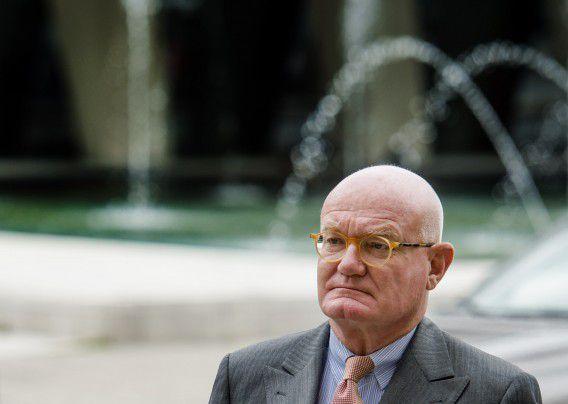 Oud-rechter Pieter Kalbfleisch komt aan bij het Paleis van Justitie voor de uitspraak in de Chipsholzaak, twee weken geleden.