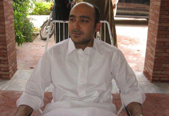 Archiefbeeld van Ali Haider Gilani. Zijn familie een van de belangrijkste en invloedrijkste families in de regio en binnen de politieke partij PPP.