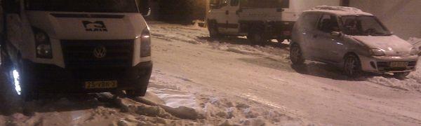 Sneeuw vlakbij de Coentunnel.