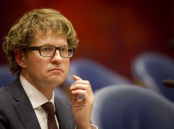 Den Haag - Vandaag behadelt de Tweede Kamer de begroting voor Onderwijs Cultuur en Wetenschap, de minister Jet Bussemaker en staatssecretaris Sander Dekker. foto: ANP/Evert-Jan Daniels