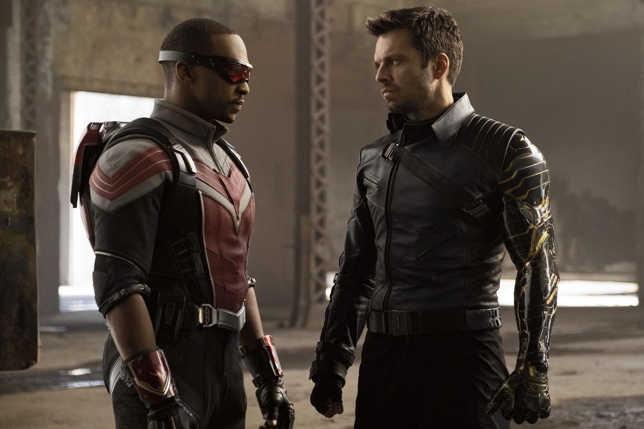 Anthonie Mackie (links) en Sebastian Stan in The Falcon and the Winter Soldier.
