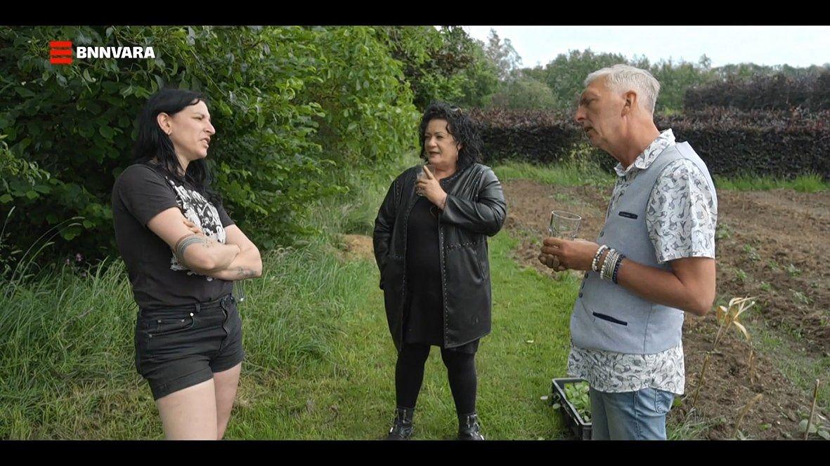 Raven van Dorst, Caroline van der Plas en Martien Meiland in 'Boerderij Van Dorst' (BNNVARA).