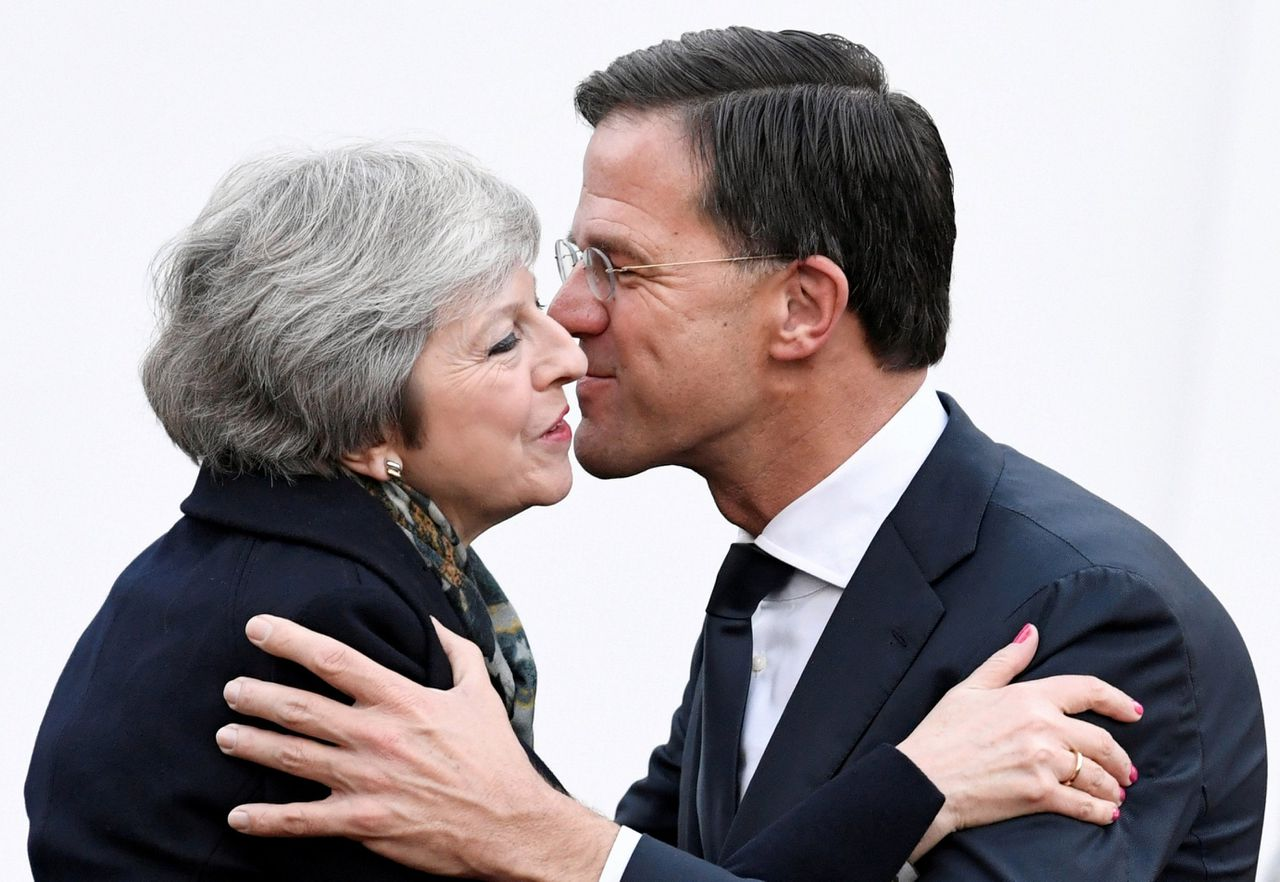 Theresa May en Mark Rutte.