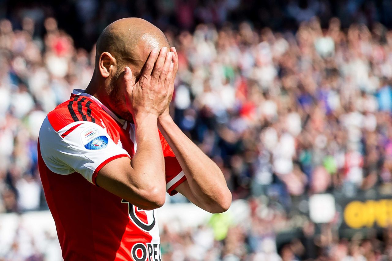 Feyenoord-speler Karim El Ahmadi baalt van afgekeurde goal