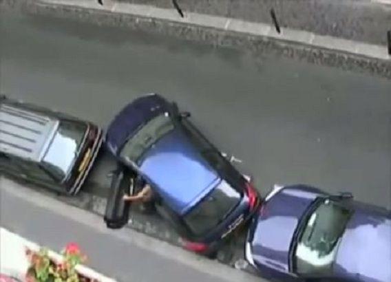 Vrouwen en inparkeren