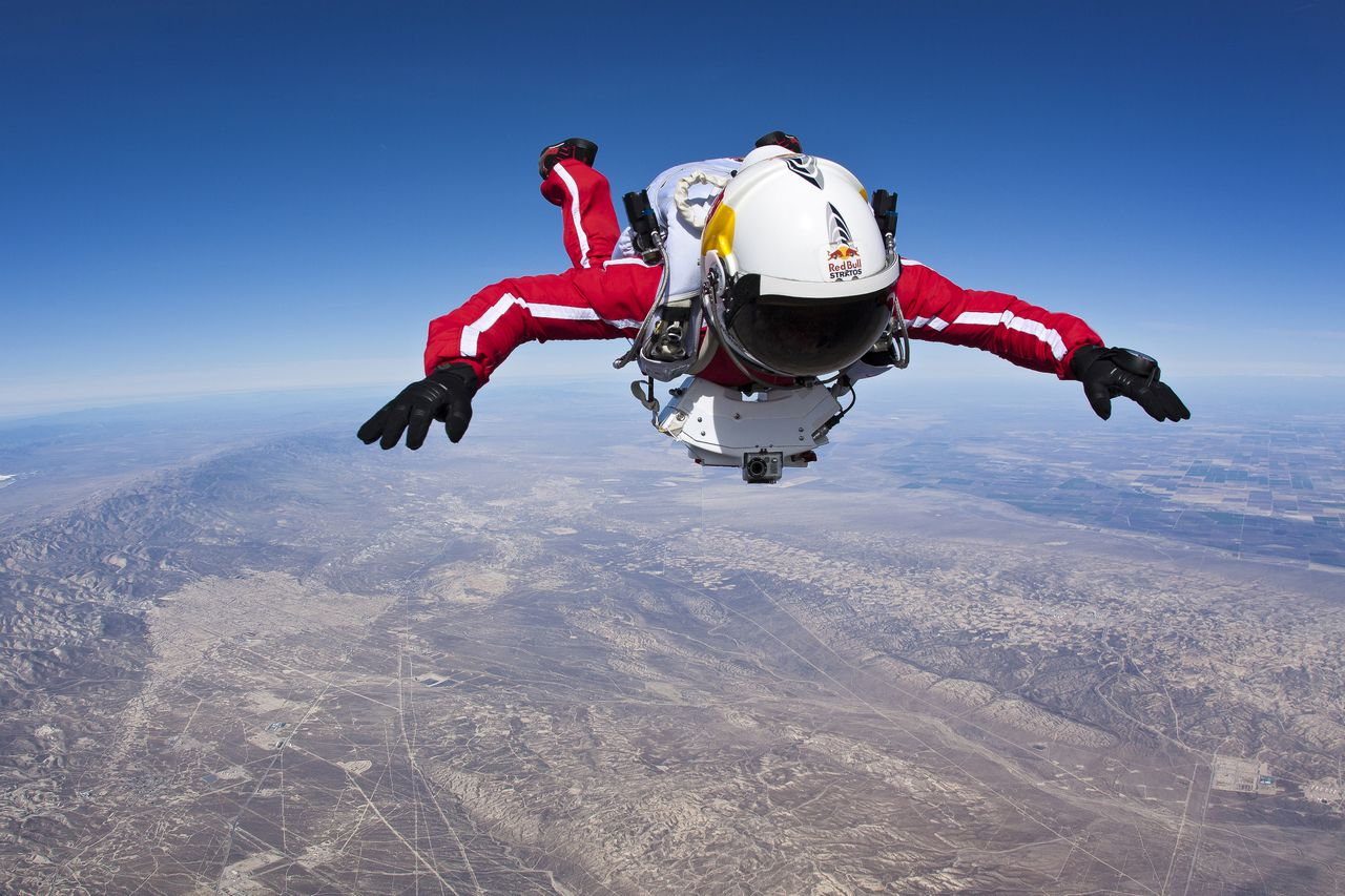 Pilot Felix Baumgartner of Austria performs during the first high altitude test jump from an airplane for the Red Bull Stratos mission in Taft, California, USA on February 20 2012. // Luke Aikins/Red Bull Content Pool // P-20120627-00075 // Usage for editorial use only // Please go to www.redbullcontentpool.com for further information. //