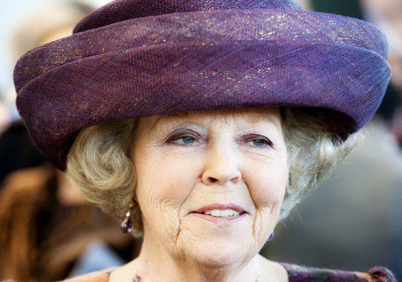 Hare Majesteit Koningin BEATRIX. foto VINCENT MENTZEL/NRCH ==F/C== Nederland. Rotterdam, 24 februari 2009