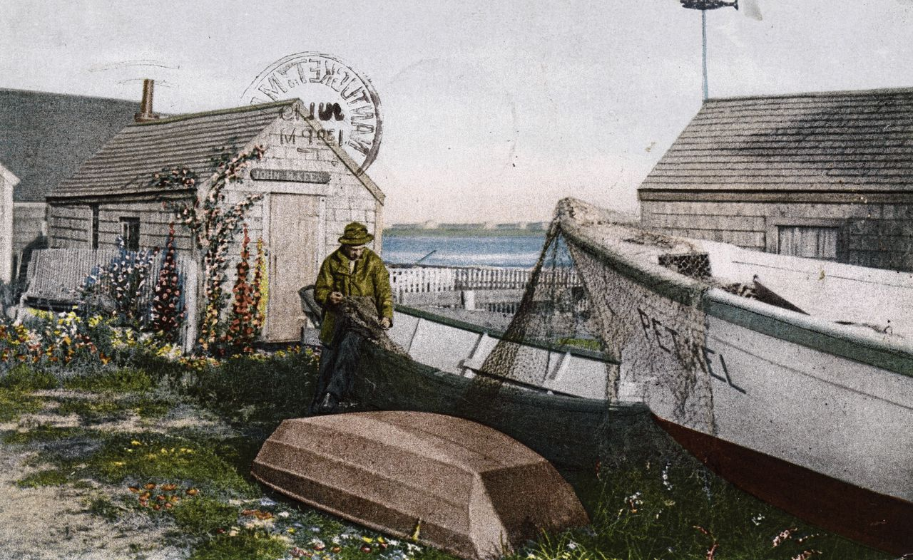 Briefkaart van visser met net, Nantucket, Massachusetts, 1909