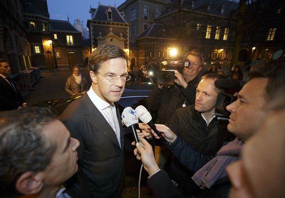 Premier Mark Rutte verlaat vrijdagmiddag het ministerie van Algemene Zaken.