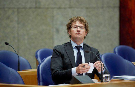 Sander Dekker op archiefbeeld tijdens een debat in de Tweede Kamer.