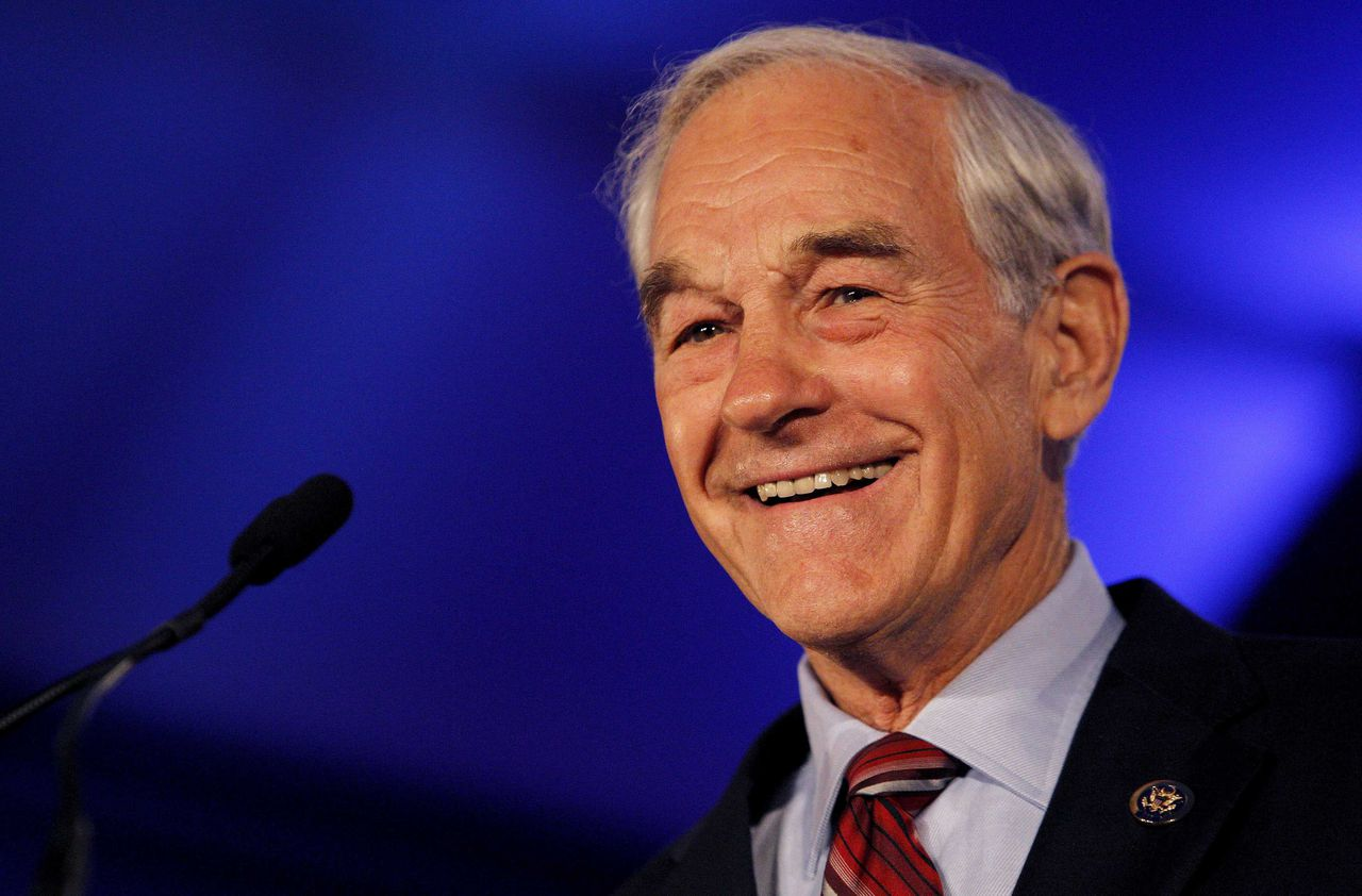 U.S. Rep. Ron Paul (R-TX) speaks during the Republican Leadership Conference in New Orleans, Louisiana June 17, 2011. REUTERS/Sean Gardner (UNITED STATES - Tags: POLITICS)
