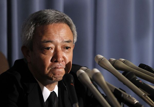 Japan's newly appointed reconstruction minister Ryu Matsumoto speaks at a news conference after resigning his post, in Tokyo July 5, 2011. Beleaguered Japanese Prime Minister Naoto Kan took another blow on Tuesday when Matsumoto, the country's former environment and disaster minister, said he intended to resign after about a week in the job over criticism for remarks that offended victims of the March earthquake and tsunami. REUTERS/Yuriko Nakao (JAPAN - Tags: POLITICS PROFILE)