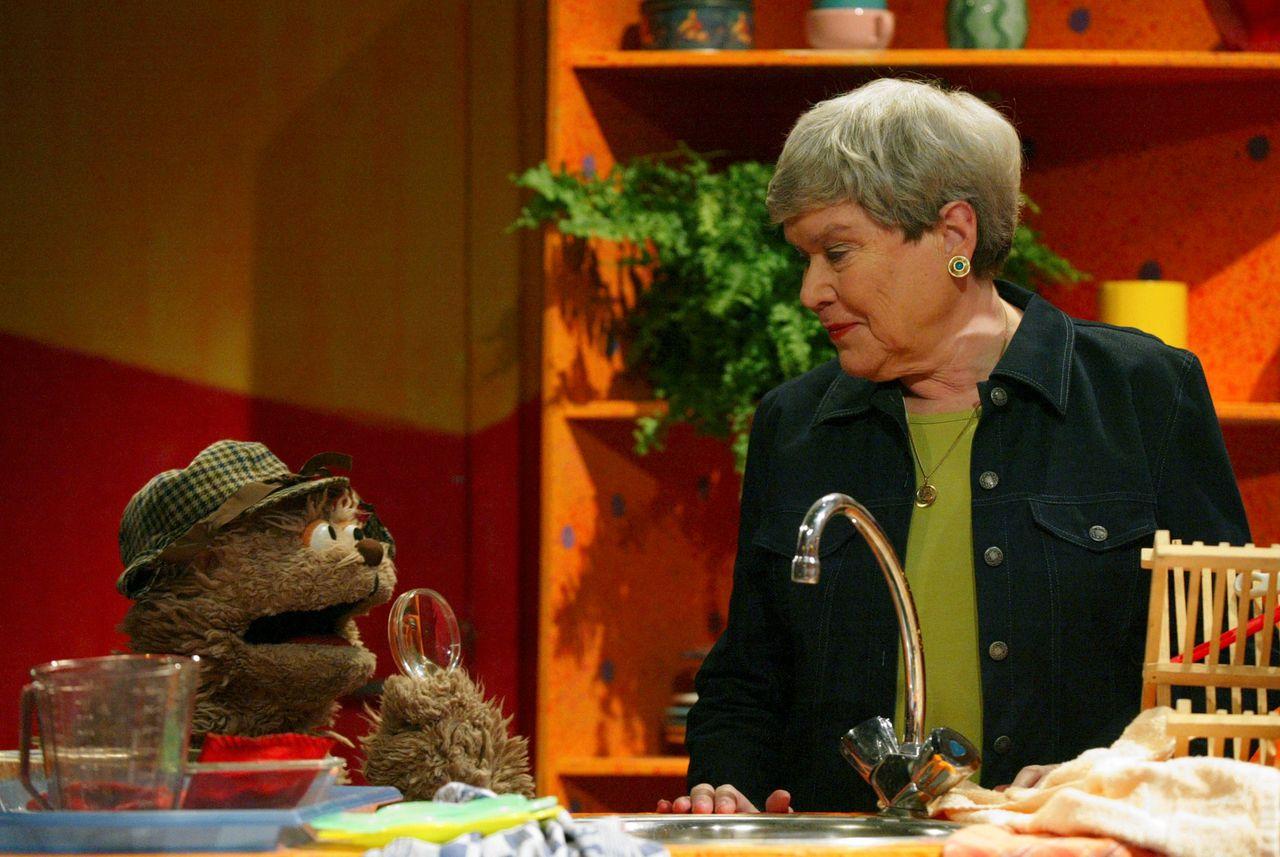 'Oma Paula' in gesprek met Tommie.
