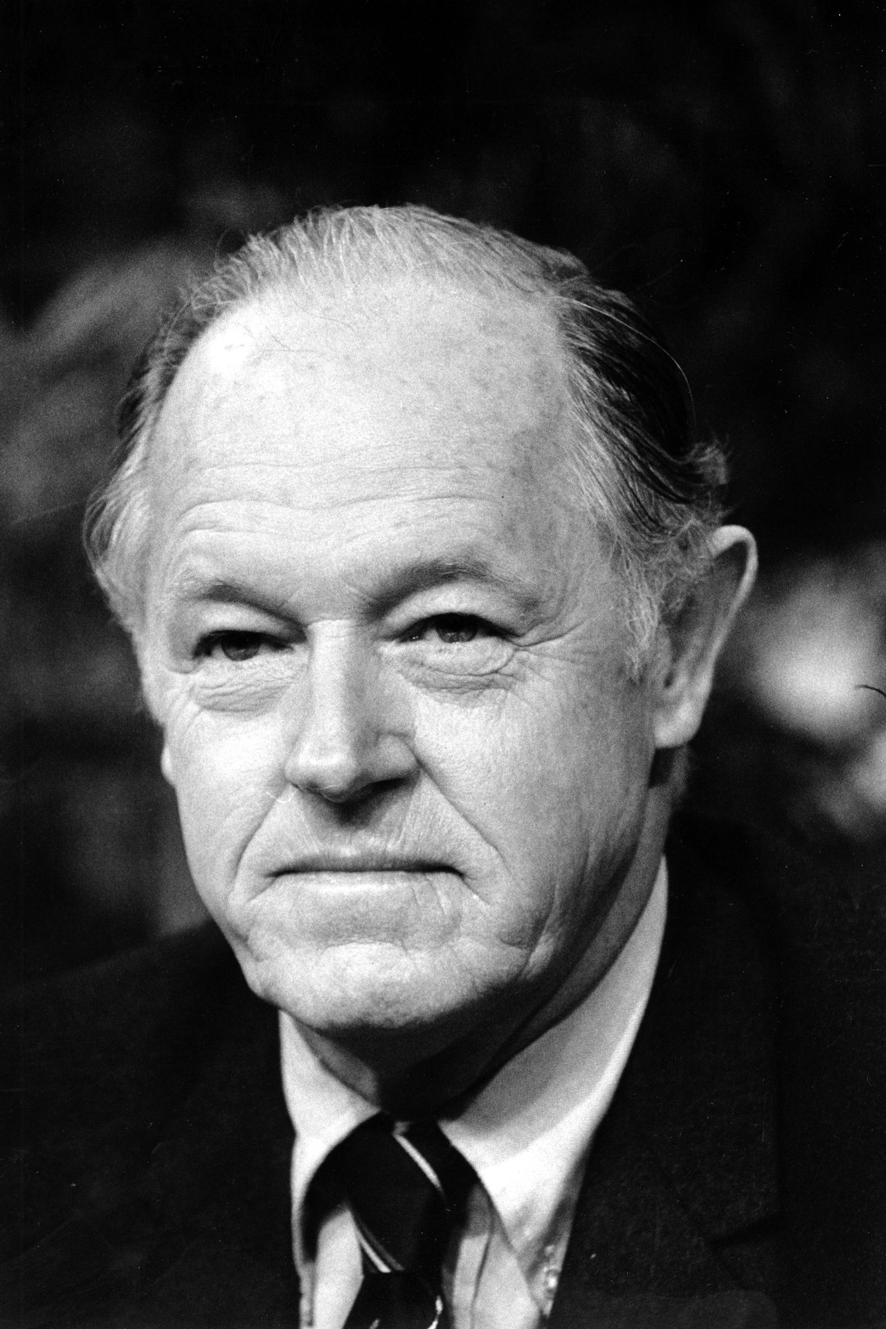 "E. Howard Hunt in 1982 Foto AP ** FILE ** E. Howard Hunt appears on ABC-TV's ""Good Morning America"" in New York City in this Jan. 7, 1982 file photo. Hunt, who helped organize the Watergate break-in that led to the greatest scandal in American political history and the downfall of Richard Nixon's presidency, died Tuesday, Jan 23, 2007. He was 88. (AP Photo/David Pickoff)"