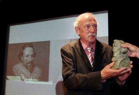 Auteur/dichter Hans ten Berge ontvangt de PC Hooft-prijs in 2006