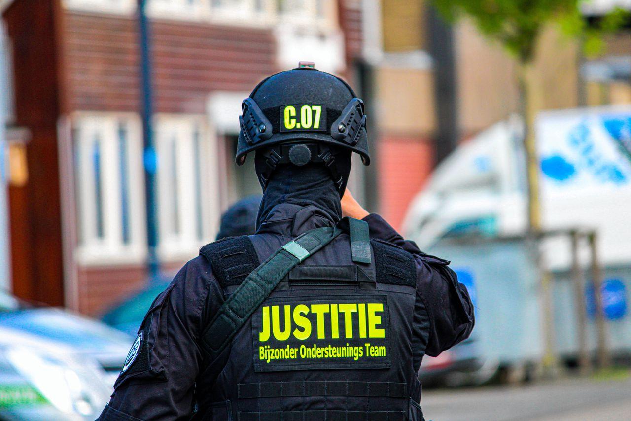 Beveiliging bij de rechtbankbunker in Amsterdam, waar het Marengo-proces wordt behandeld.