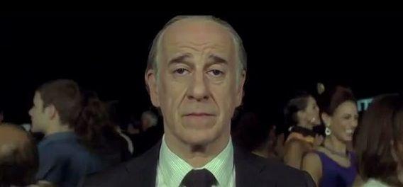 De hoofdpersoon Jep Gambardella, gespeeld door acteur Toni Servillo (die in werkelijkheid naar eigen zeggen nog nooit een club van binnen heeft gezien).