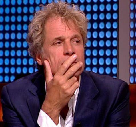 Still van Jeroen Pauw uit het televisieprogramma Knevel & Van den Brink