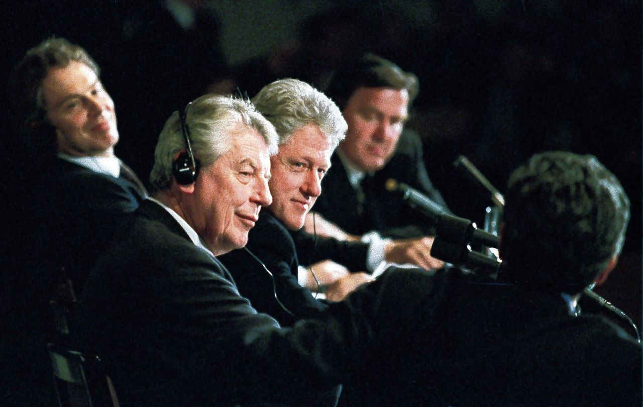 Wim Kok, Bill Clinton, Tony Blair en Gerhard Schröder in 1999.