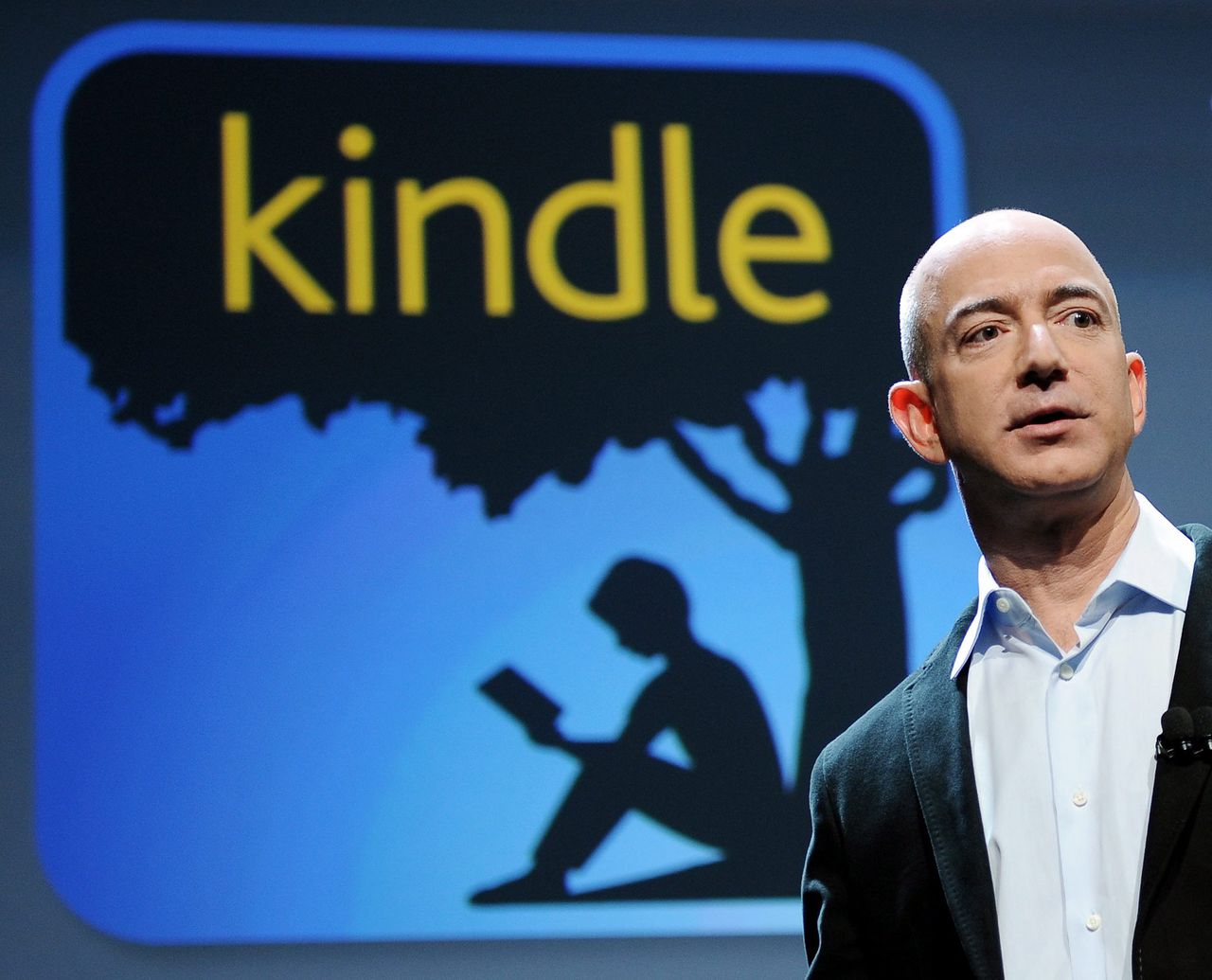 epa02939968 Jeff Bezos, CEO of Amazon.com, speaks during a press conference where he unveiled four new Kindle devices including the new Amazon tablet, the Amazon Fire, in New York, New York, USA, on 28 September 2011. Industry experts are expecting the Fire to directly compete with the Apple iPad. EPA/JUSTIN LANE
