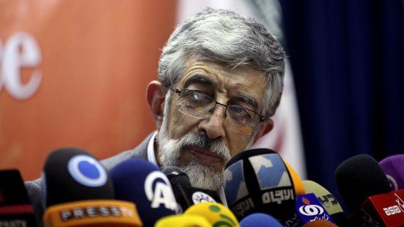 De Iraanse conservatieve presidentskandidaat Gholam-Ali Haddad-Adel maakte vandaag bekend dat hij zich niet langer verkiesbaar stelt. De verkiezingen in Iran vinden vrijdag 14 juni plaats.