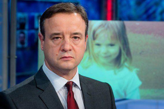 De Britse hoofdinspecteur Andy Redwood gisteren in het programma Opsporing Verzocht, waar hij een oproep deed aan Nederlanders om tips te geven omtrent de verdwijning van het Britse meisje Madeleine McCann in Portugal.