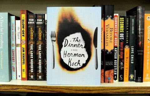 Engelse vertaling van Kochs bestseller 'Het diner' in een boekhandel in New York