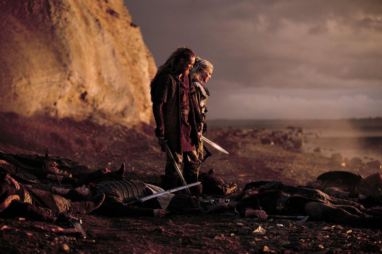 Gijs Naber en Loes Haverkort als Redbad en Frea in 'Redbad, de legende'.