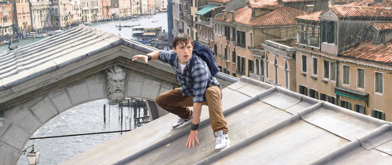 Peter Parker alias Spider-Man (Tom Holland) gaat op schoolreisje in Europa in 'Spider-Man: Far From Home'.