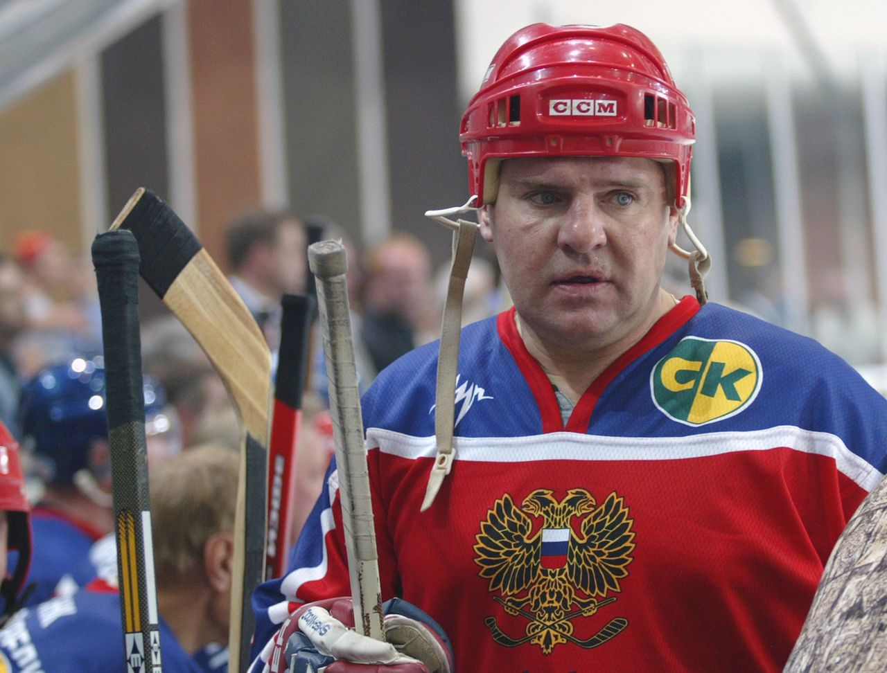 A picture taken in Moscow on 11 August 2003 during the friendly game between 'Jagr Team' and a Russian vetrans team shows Soviet ice hockey great Vladimir Krutov skating. Krutov, 52, two-time Olympic Games winner and repeated world champion died in a Moscow hospital on June 6, 2012 after being rushed to the 20th Moscow city hospital's intensive care with an internal hemorrhage. AFP PHOTO/ ALEXANDER NEMENOV
