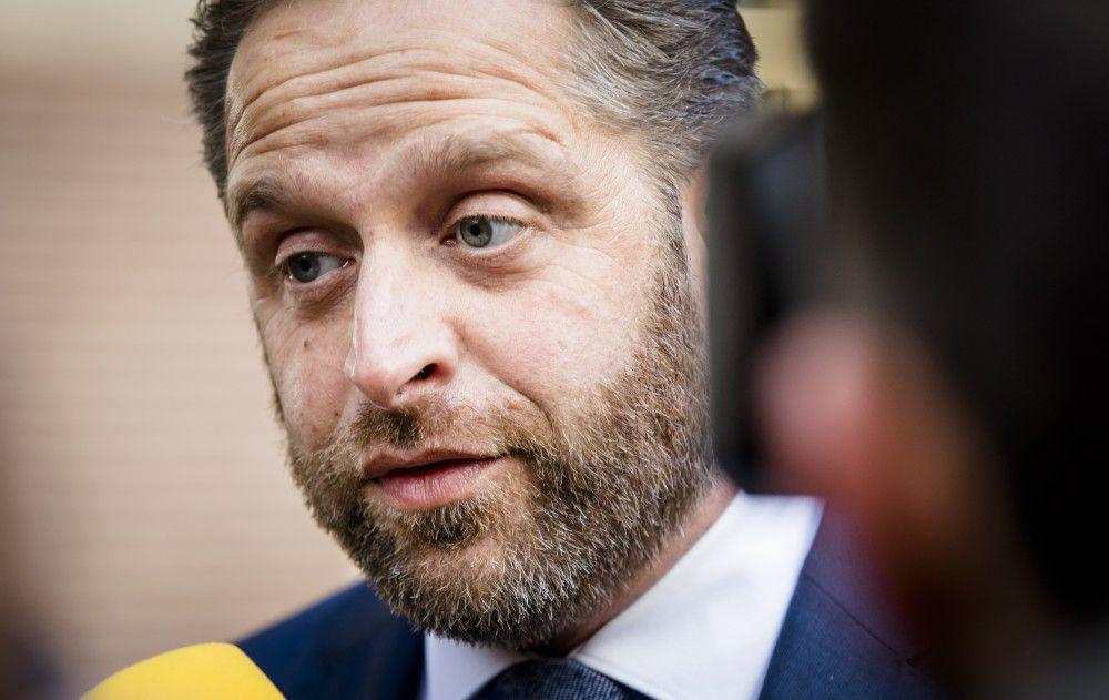 Minister Hugo de Jonge van Volksgezondheid, Welzijn en Sport (CDA) op het Binnenhof.