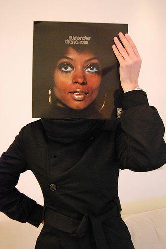 Sleeveface met Diana Ross