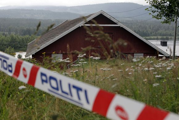 The barn on the farm rented by Anders Behring Breivik is seen in the small rural region of Rena, 150 km (93 miles) north of Oslo, July 23, 2011. Breivik was arrested after Friday's massacre of young people on a tiny forested holiday island that was hosting the annual summer camp for the youth wing of Norway's ruling Labour party. The 32-year-old Norwegian was also charged for the bombing of Oslo's government district that killed seven people hours earlier. REUTERS/Cathal McNaughton (NORWAY - Tags: CIVIL UNREST CRIME LAW)