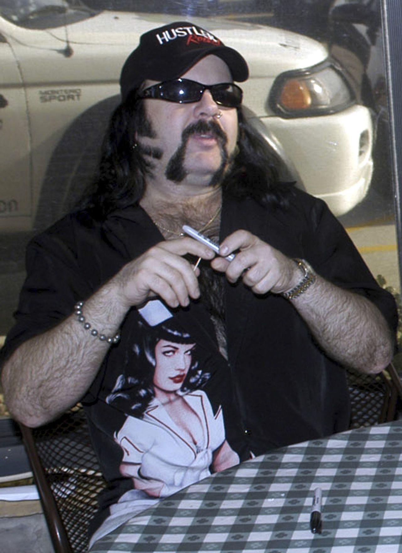Vinnie Paul Abbott in Amarillo, Texas, 2004.