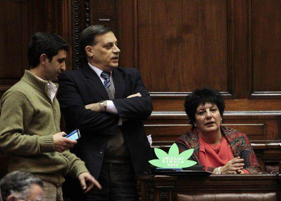 Parlementsleden tijdens de stemming over het wetsvoorstel om wiet te legaliseren.