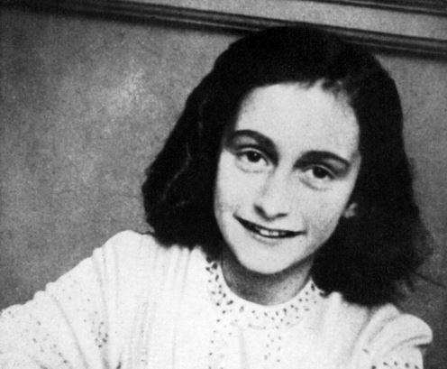 Deze foto van Anne Frank werd genomen op 1 januari 1942.