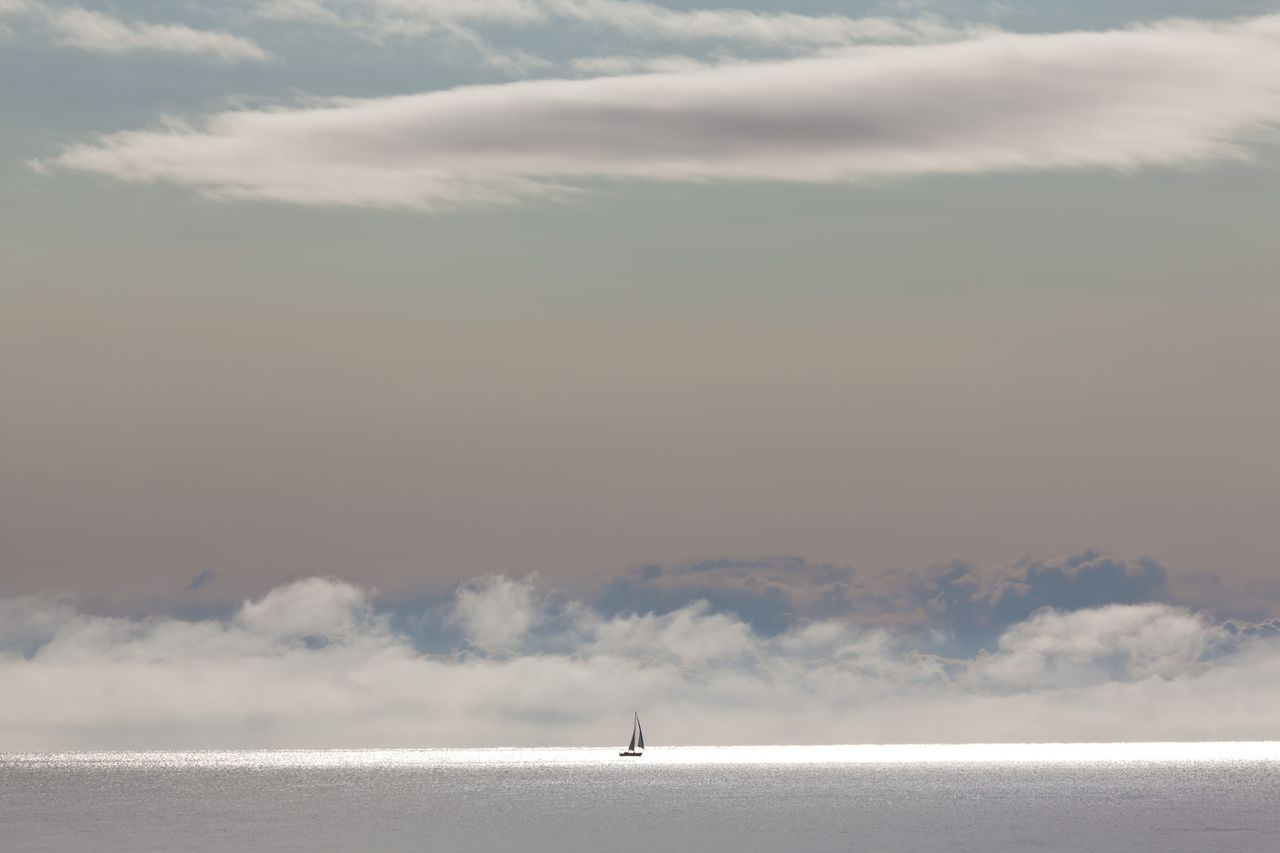 www.plainpicture.com, Eastbourne, Adventure, Alone, Atlantic ocean, Boat, Bodies of water, Cloud, England, English Channel, Europe, Great Britain, Heaven, Horizon, Journey, Lonely, Nature, Nobody, Ocean, Outdoors, Range, Sailing boat, Sailing ship, Sailing, Sea, Sky, Solitude, Sunshine, Target, Tour, Travel, Water, Wide