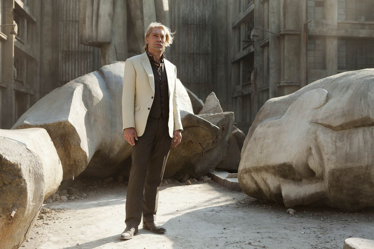 """This film image released by Sony Pictures shows Javier Bardem in a scene from the film """"Skyfall."""" Bardem portrays, Raoul Silva, one of the finest arch-enemies in the 50-year history of Bond films. (AP Photo/Sony Pictures, Francois Duhamel)"""