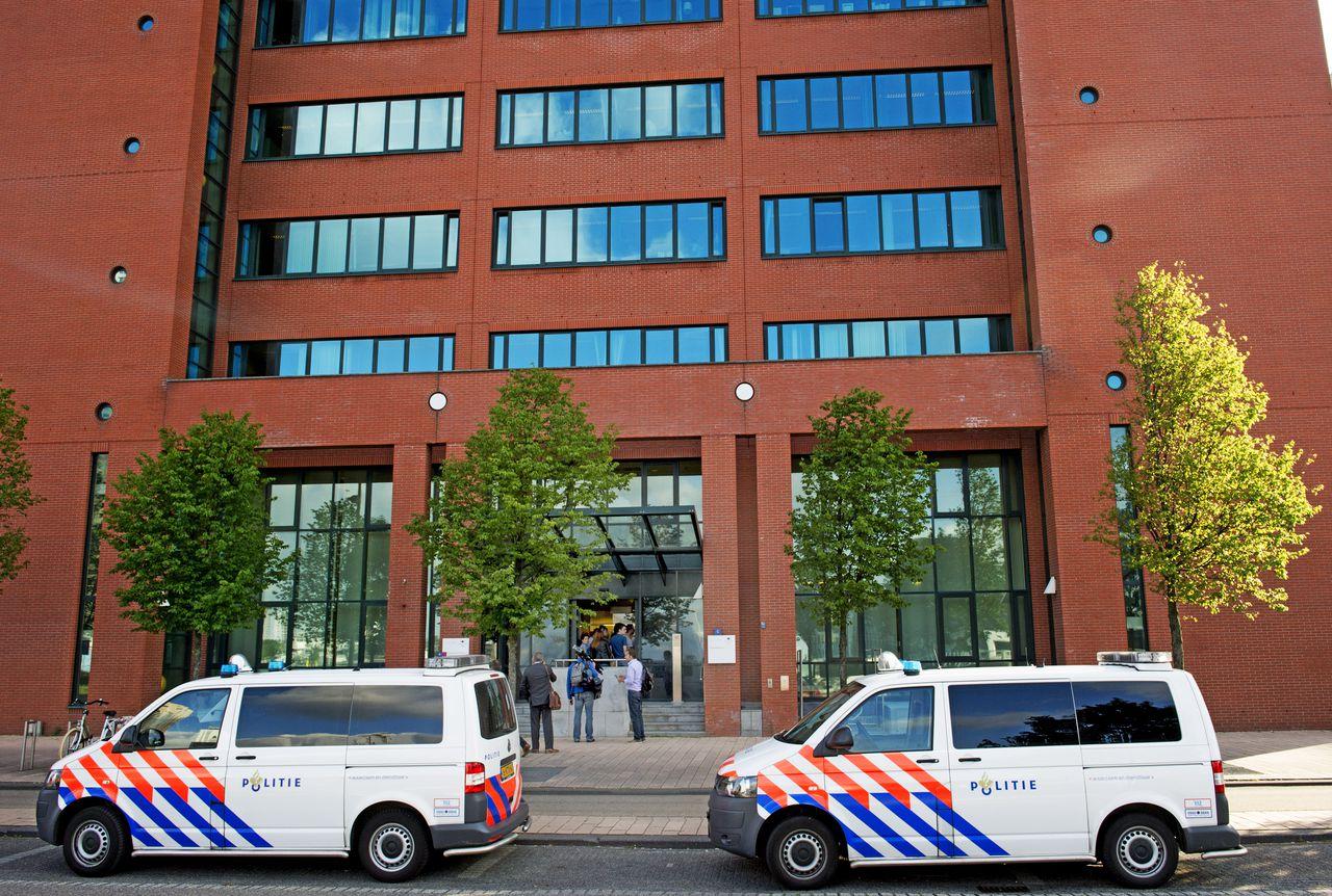 Exterieur van de rechtbank in Rotterdam