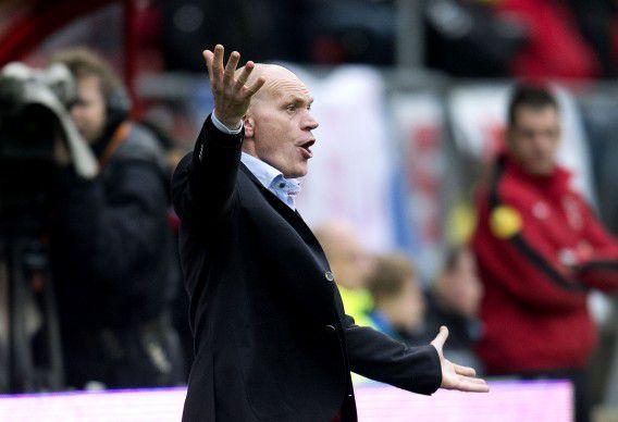 Jan Wouters tijdens de wedstrijd tegen Ajax. Aan het einde van dit seizoen zwaait de coach van FC Utrecht af.